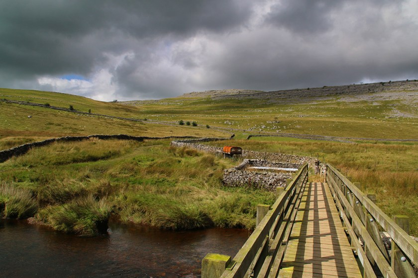 Dales bridge