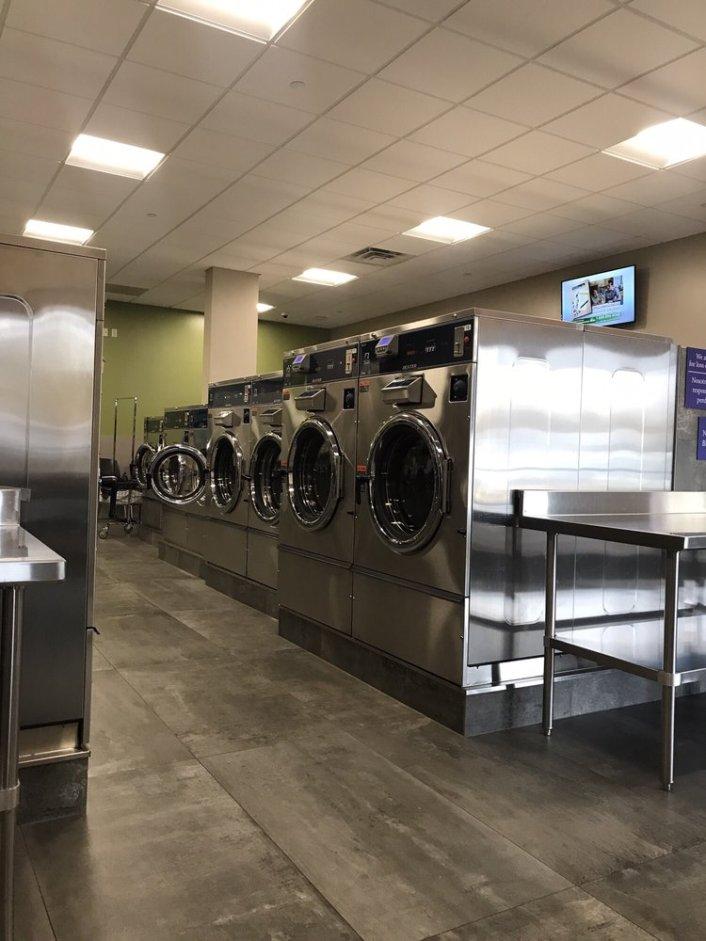 Jackson Laundromat washer