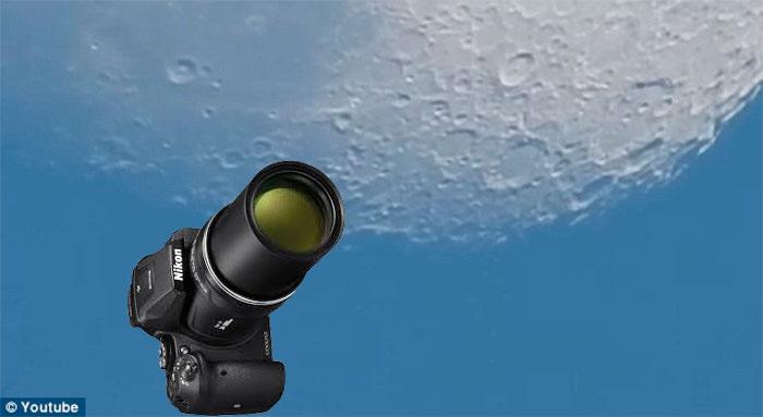 Nikon Coolpix 83x - Foto montagem