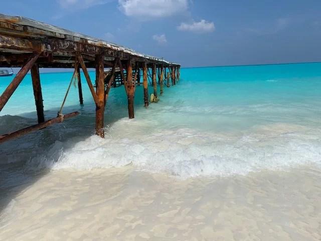 Hondaafushi Island Resort Strand