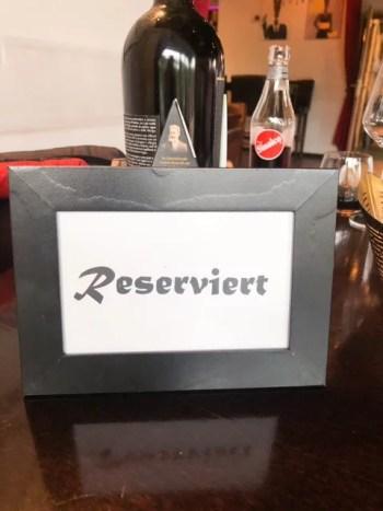 Reserviert Schild Restaurant
