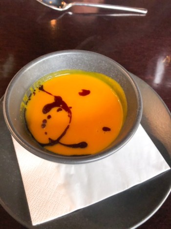 Kürbissuppe im Restaurant