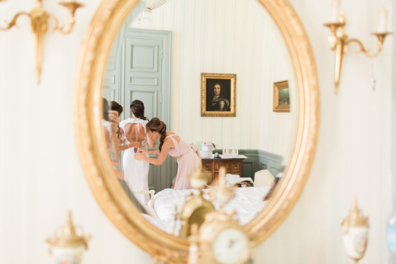 Brides Getting Ready before the Wedding at Chateau la Durantie in France
