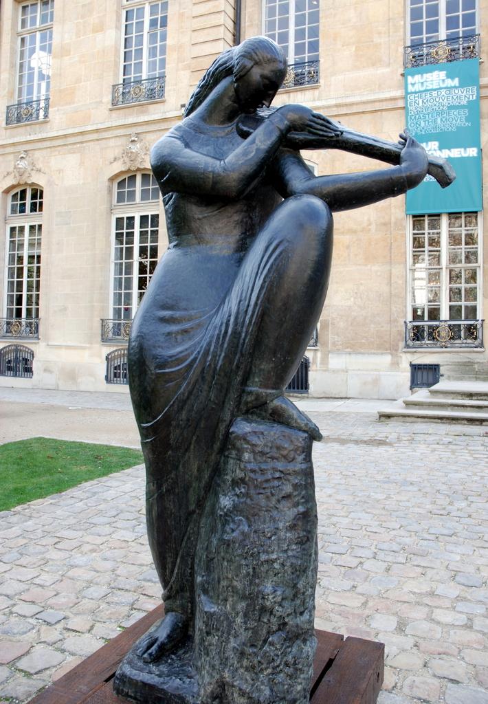 Les Accords lointains, Ivan Meštrović, Musée Rodin, Paris, France.