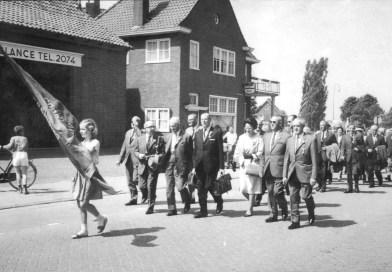 Lou Kruisbergen filmde de Vierdaagse Intocht in Grave.