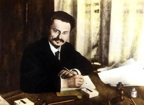 Trotsky al lavoro