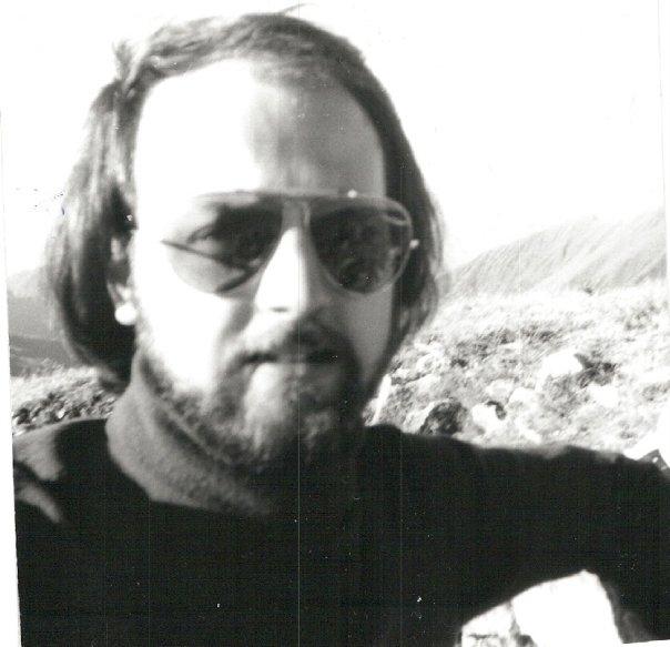 Da solo, sul M. Cadelle, Foppolo in Valle Brembana (Bergamo), 2483 m., anno 1979 dc