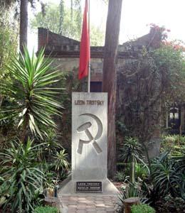 La tomba di Trotsky a Coyoacàn in Messico, nella sua ultima dimora, ora museo