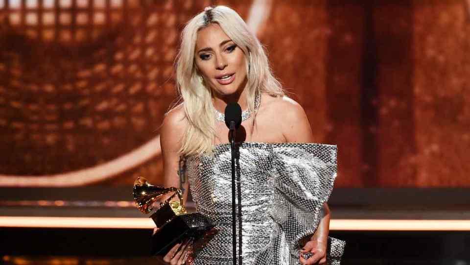 Lady Gaga aceita Grammy 2019 por Shallow