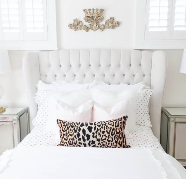 10 Most Pretty & Inspirational Bedroom Must Haves-1-16