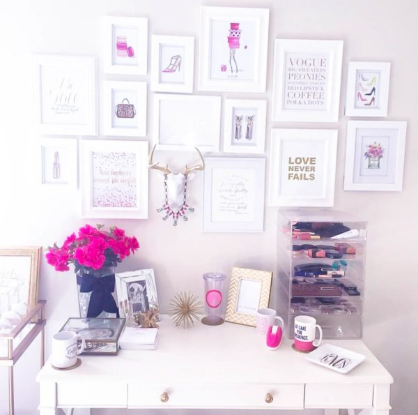 10 Most Pretty & Inspirational Bedroom Must Haves-1-37