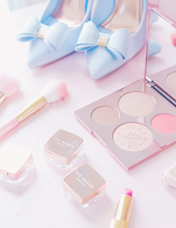 bsolute Must Haves For The Beauty Girl In Your Life