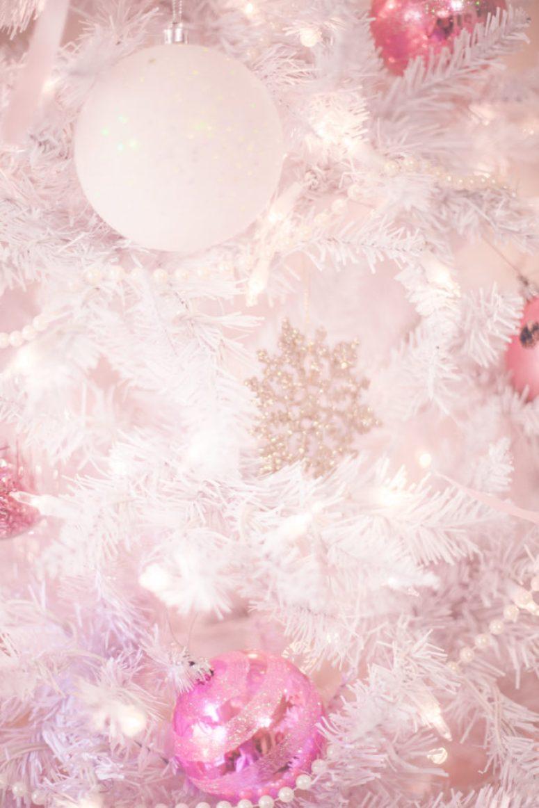 A Pretty & Pastel Christmas