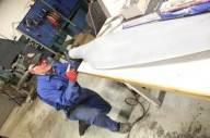 Propellbladene må bearbeides før montering.