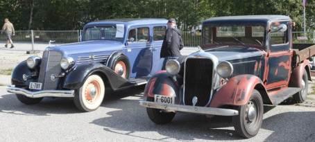 Noen av bilene fra Gammelbilens venner