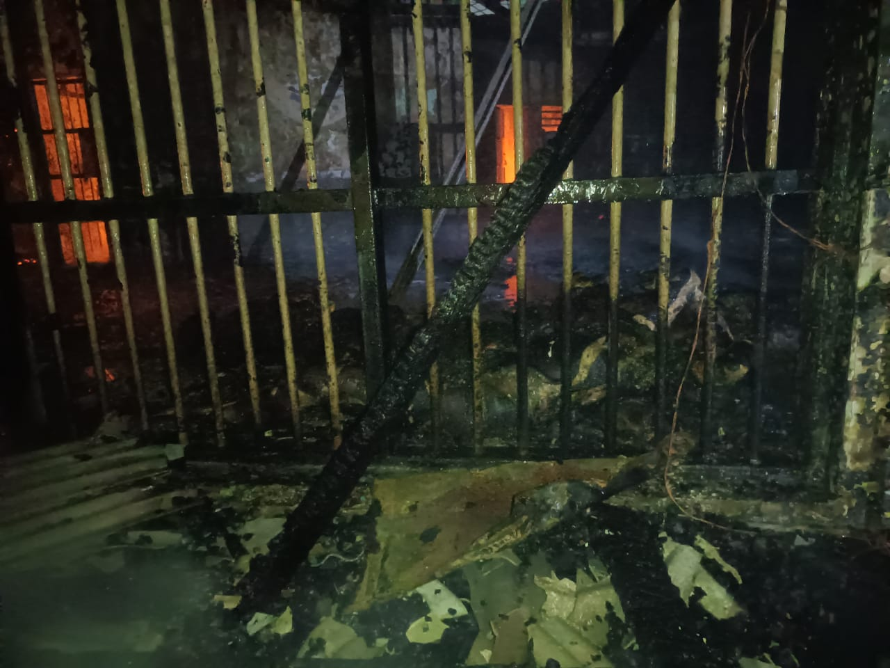 kebakaran hl