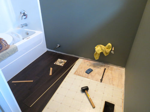 Laying A Floating Vinyl Floor - Tips & #Review