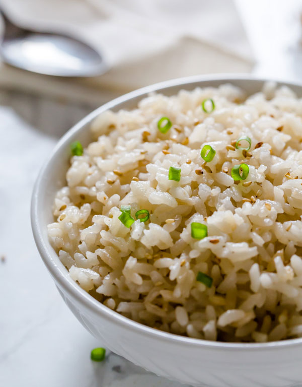 Rice recipe with coconut and various toppings