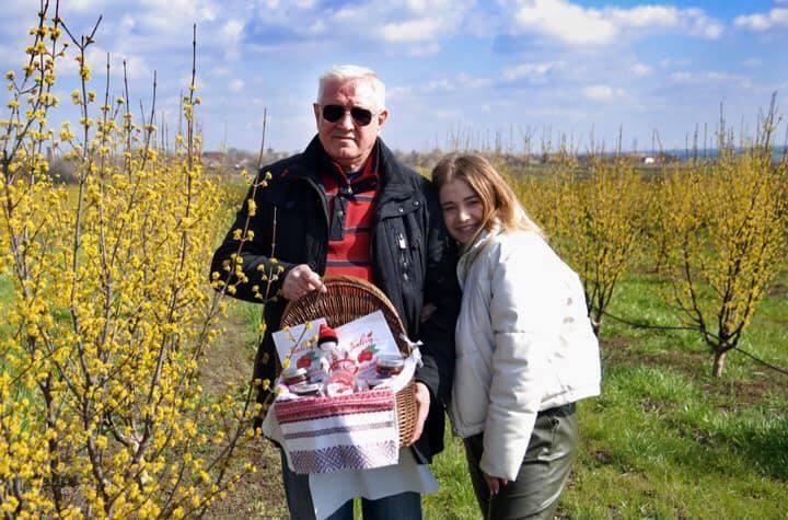 Famberry покаже всім охочим найбільший у Європі кизиловий сад