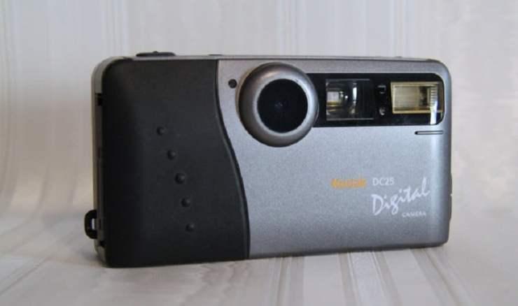8 Gadget Populer di Era 90an yang Buat Kamu Bernostalgia