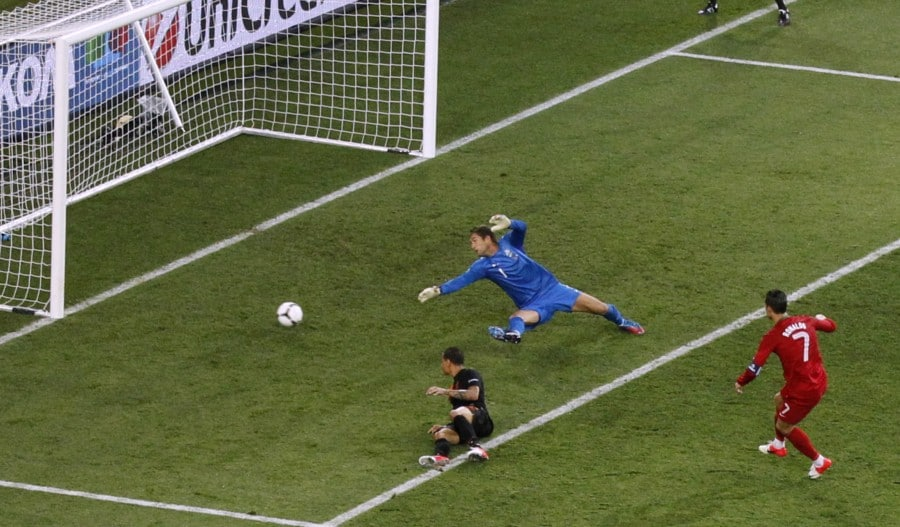Begini Canggihnya Goal Line Technology Untuk Meyakinkan Keabsahan Goal