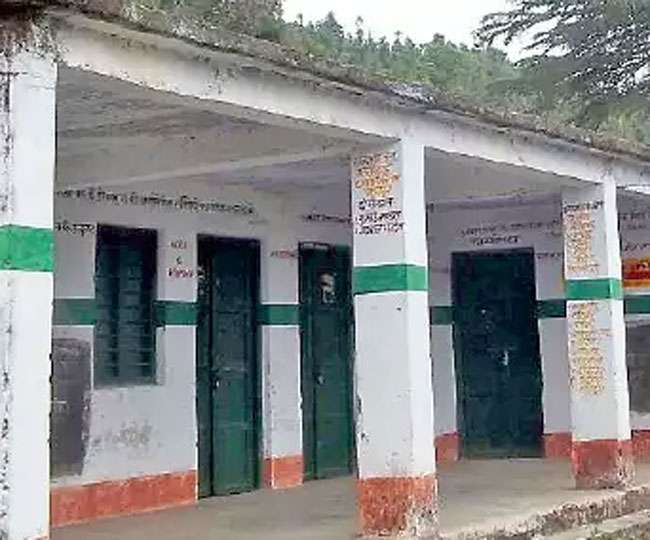 उत्तराखंड के 71 प्राइमरी स्कूलों में एक भी छात्र नहीं, पढ़िए पूरी खबर