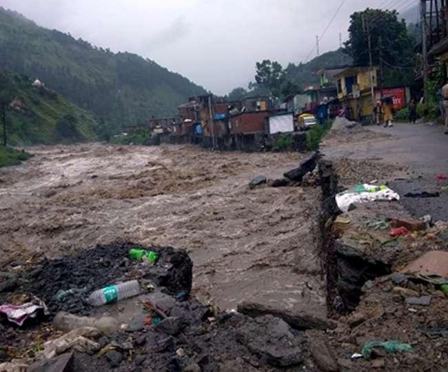 Weather Update: हिमाचल में भारी बारिश का प्रकोप, दो दिन में 22 की मौत, उत्तराखंड को लेकर अलर्ट