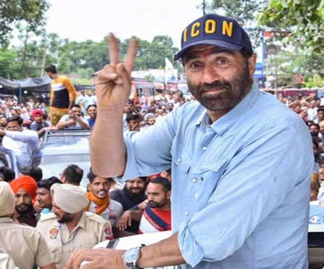 जानें पहली बार सांसद बने सनी देयोल को चुनाव आयोग ने क्यों दिया नोटिस, परेशानी में फंसे