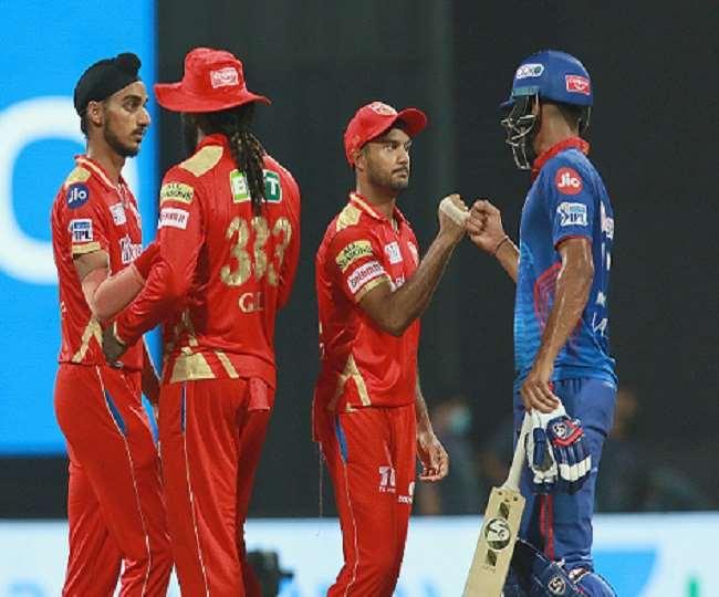 दिल्ली कैपिटल्स के खिलाफ पंजाब किंग्स के खिलाड़ी- फोटो ट्विटर पेज