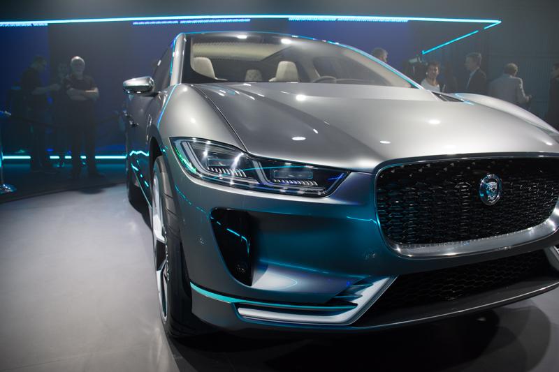 jaguar-i-pace-concept-suv-8
