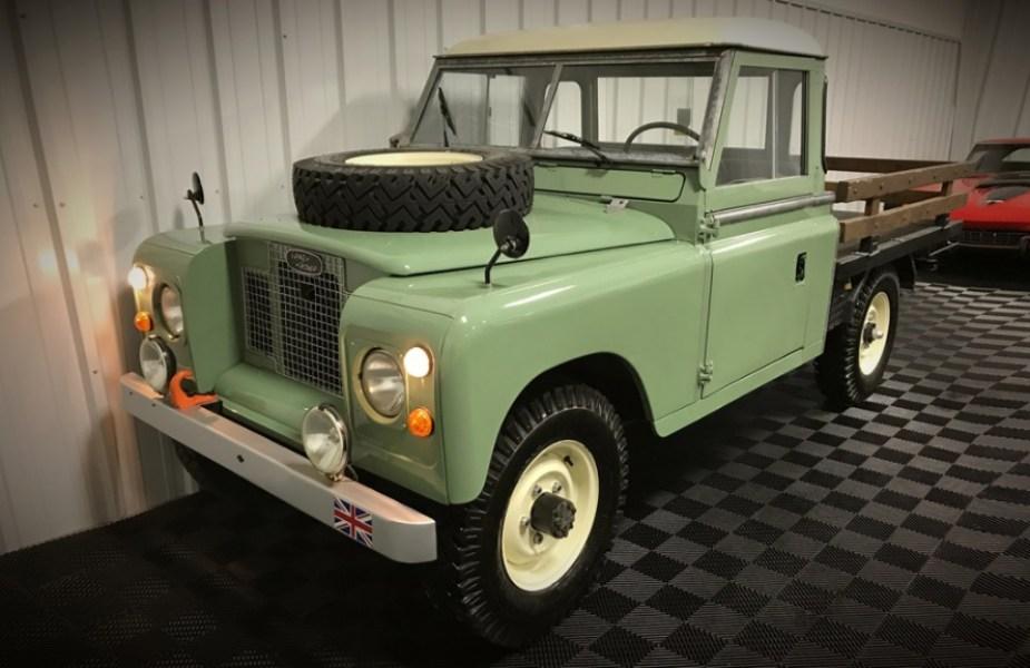 Jaguarforums.com Land Rover Series IIA truck rare auction block find BArrett Jackson