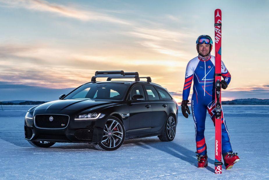 Jaguar XF Sportbrake Skier Record-