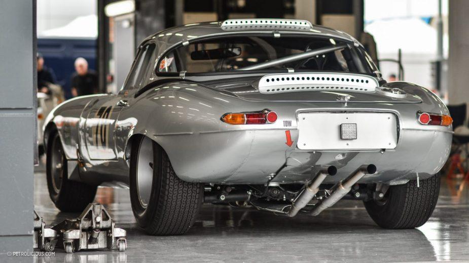 Silverstone Classic jaguar E-Type