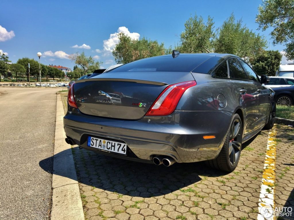 Jaguar XJR575 is the sports limo you&#8217&#x3B;re most unlikely to meet