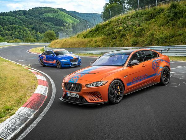 Jaguar adds 600hp Project 8 to Race Taxi stable