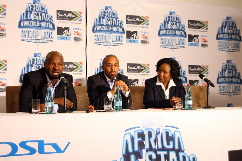 Alex Okosi, Sen VP & MD, Viacom, Mr Desmond Golding, HOD, Department of Tourism and Economic Dev, KZN & Ms Phindile Ngcobo, Chief Operations Officer, Tourism KZN (2)