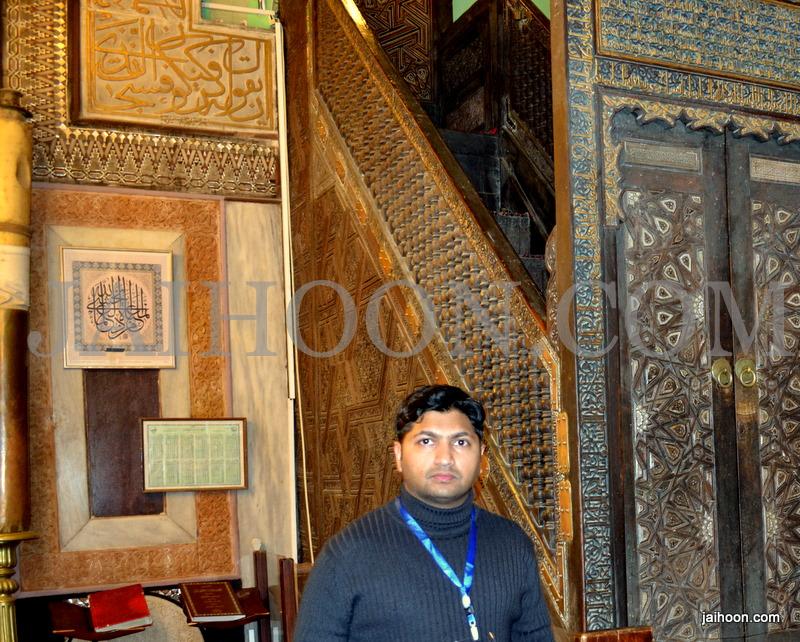 inside Masjid Ibrahimi