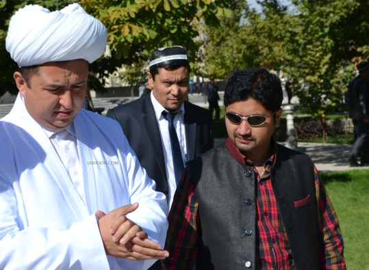 In discussion with the Imam of Hazrat Bukhari masjid