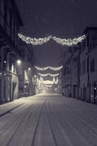 Nuit de neige en plein centre