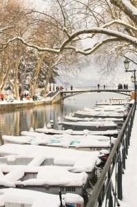 Neige sur le lac d'Annecy
