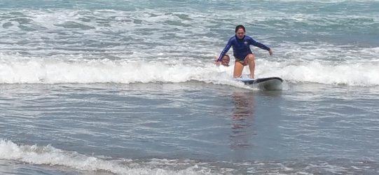 seminyak playa bali surf