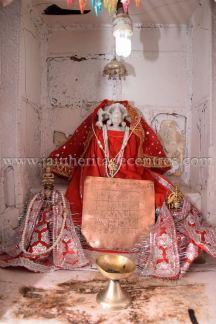 ancient_digambar_jain_temple_-_gogha_-_gujarat_20160517_1706059379
