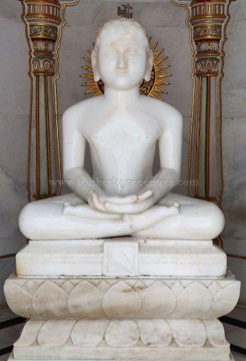 Chulgiri-Digambar-Jain-Parshwanath-Temple-Hill-Jaipur-Rajasthan-India-0011