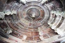 sri_chandraprabhu_digambar_jain_temple_at_pavagadh_20160917_1420969896