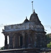sri_chandraprabhu_digambar_jain_temple_at_pavagadh_20160917_1945280065