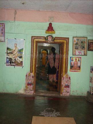 ancient_sri_vijaya_parshwanatha_swamy_temple_chamarajanagar_20120907_1059799669