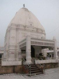 hastinapur_-_badamandir_complex_20111021_1108866185