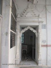 hastinapur_-_badamandir_complex_20111021_1357272693