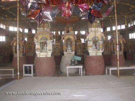 hastinapur_-_badamandir_complex_20111021_1518199513
