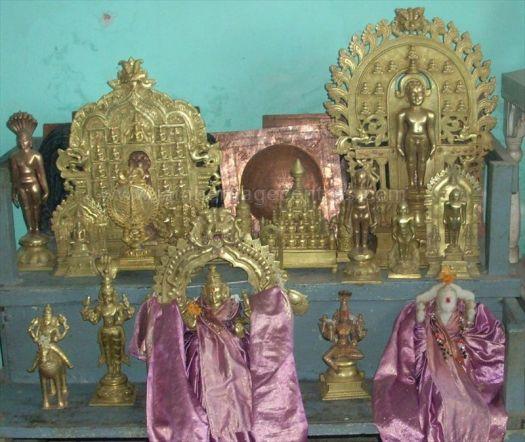sri_parshwanatha_swamy_temple_chamarajanagar_20120907_1740563623